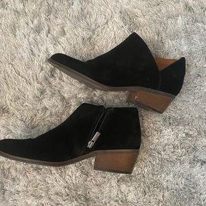 Lucky brand black Fenley suede booties